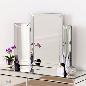 Folding dressing table mirror