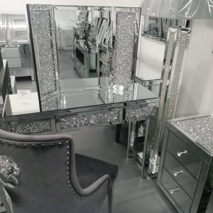 DIAMOND CRUSH DRESSING TABLE / CONSOLE VANITY SET WITH KNOCKERBACK CHAIR